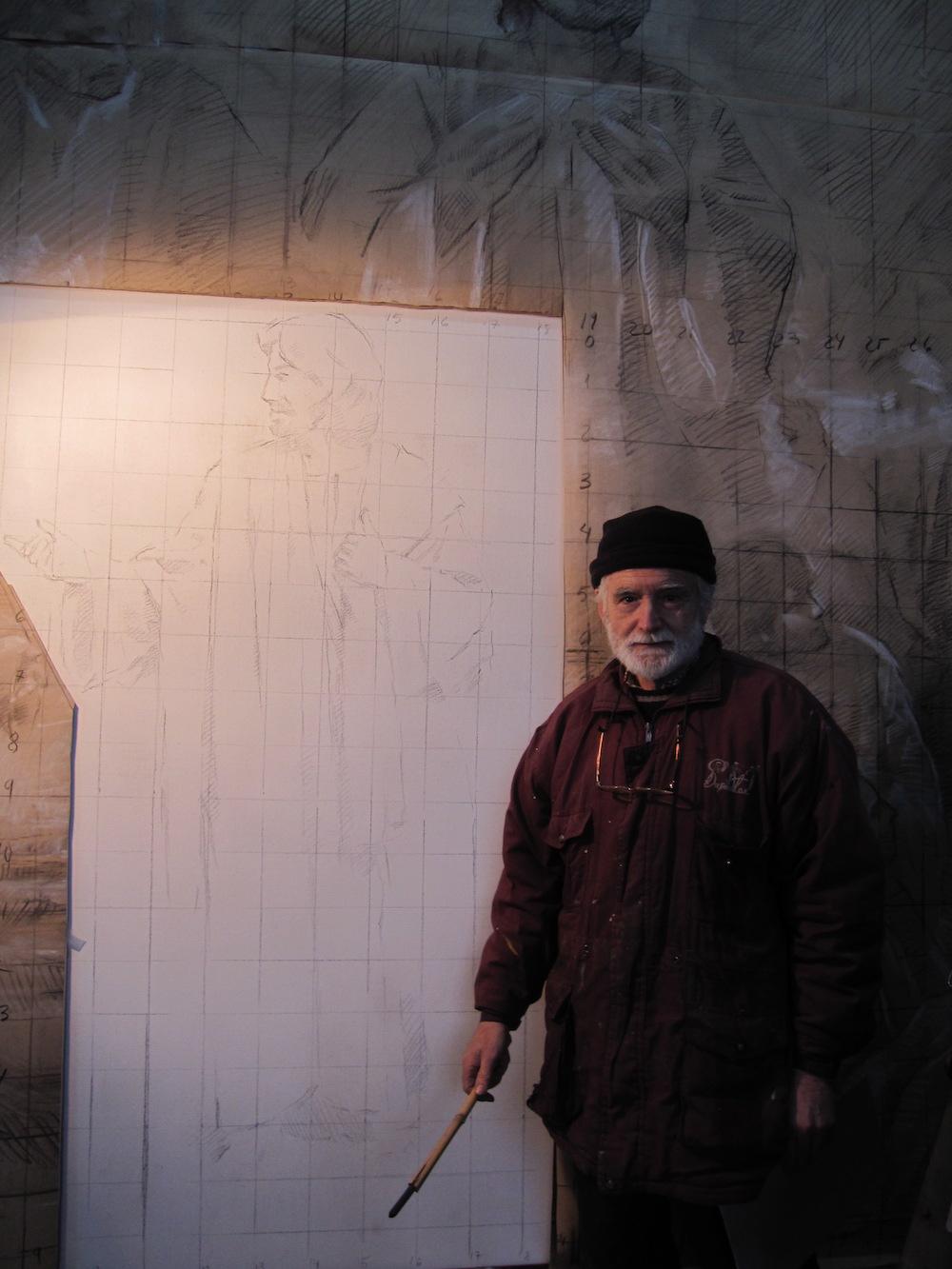 Tras realizar varios bocetos pequeños y medianos y otro a tamaño natural sobre papel marrón, Traver Calzada comienza a dibujar las primeras líneas en el lienzo.